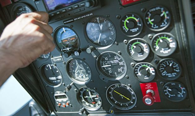 Navegação IFR: procedimentos de aproximação NDB/ADF